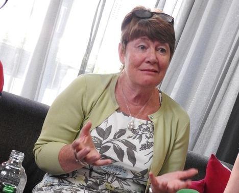 Vuelve Fiona Barton, la autora de