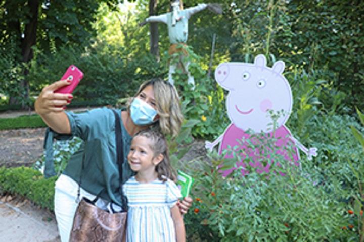 Peppa Pig en el Huerto del Real Jardín Botánico