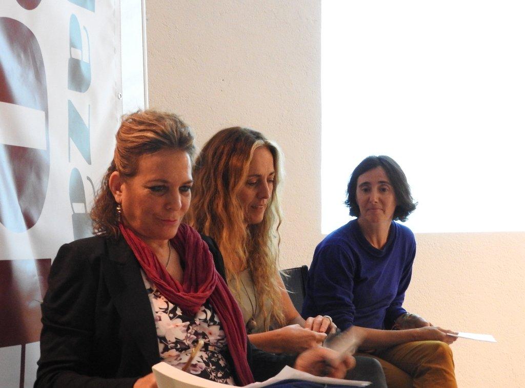 ¿Se debe seguir celebrando el Día de la Mujer Escritora?