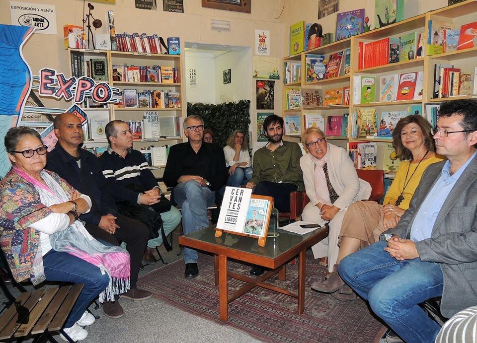 """""""Rulfo. Cien años después"""" se presenta con un lleno absoluto en la librería Cervantes y compañía"""