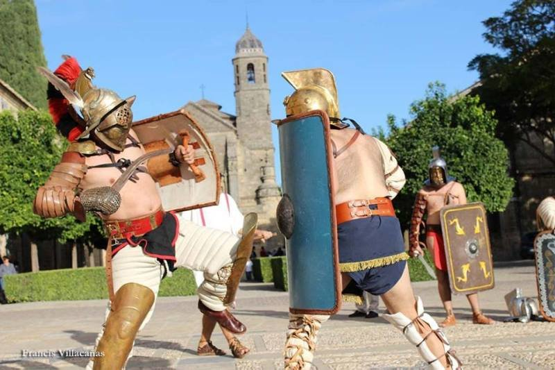 El emperador Adriano acampará sus legiones en la plaza Vázquez de Molina durante el Certamen de Novela Histórica