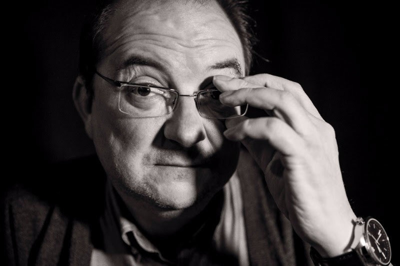 Pedro Ugarte recoge hoy el Premio Setenil 2017 por su libro de relatos \'Nuestra historia\'