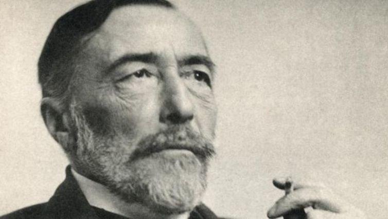 \'El corazón de las tinieblas\', de Joseph Conrad, un libro infinito que no termina nunca de ofrecer nuevas interpretaciones