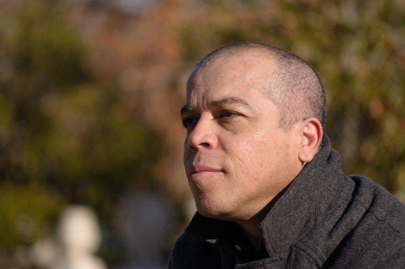 """El escritor y dramaturgo venezolano Víctor Vegas escribe sobre """"La naturaleza de las cosas"""""""
