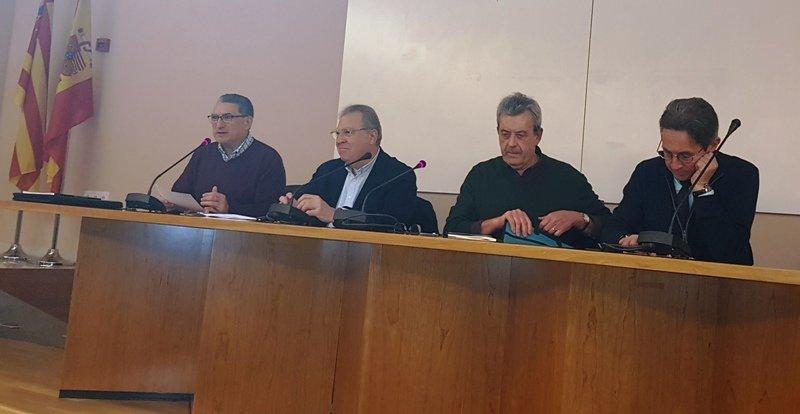 """El poeta castellonense Manuel Emilio Castillo presenta en Valencia """"Desierto"""""""