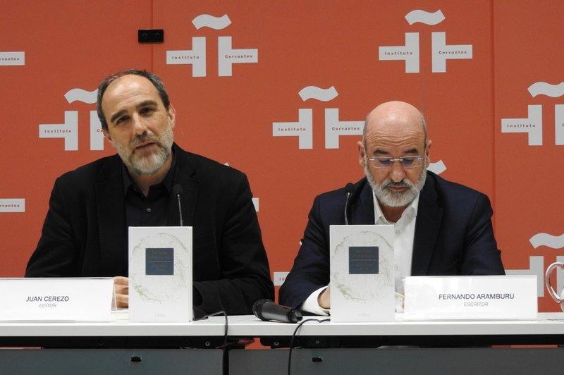 """Fernando Aramburu presenta """"Autorretrato sin mí"""", su otra patria"""