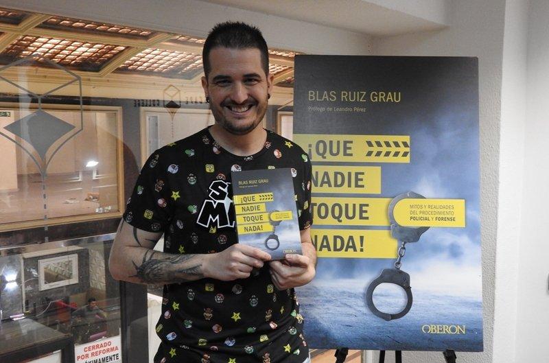 Blas Ruiz Grau presenta su libro \'¡Que nadie toque nada!\' jugando al Escape Room