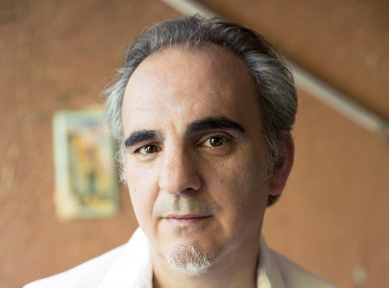 Alfonso Guerra presentará nueva novela de Daniel Múgica, \'La dulzura\'