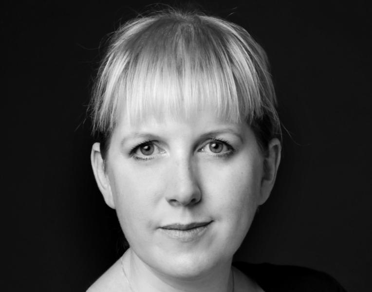 """Clare Mackintosh: """"Como policía, me atraían más las historias de las víctimas, que el crimen que se hubiera podido producir"""""""