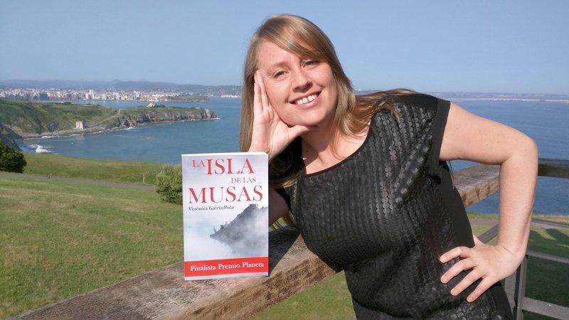 Verónica García-Peña publica su cuarto libro, \'La isla de las musas\', finalista del Premio Planeta
