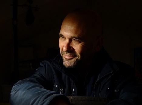 """Entrevista a Andrés Pérez Domínguez: """"El ritmo de la publicación y de la promoción de un libro suele ser distinto al del trabajo del escritor"""""""