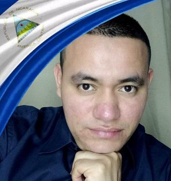 Poemas y síntesis biográfica de Carlos Javier Jarquín