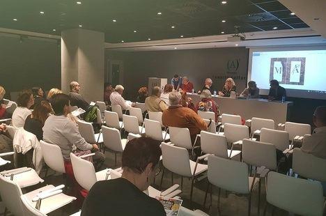 Lunes de Lírica: curso práctico de poesía japonesa