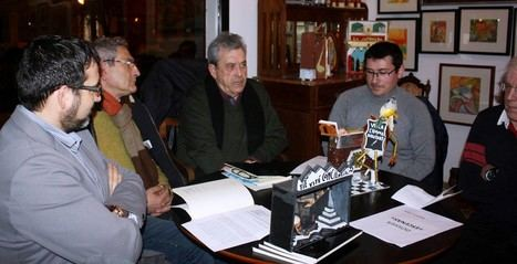 El poeta Manuel Emilio Castillo y el artista plástico Ramón Díez unen su talento en la librería La Bella Aranya, de Valencia
