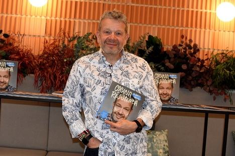 El cocinero televisivo Alberto Chicote presenta su libro