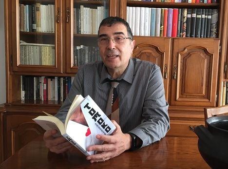"""Entrevista a Alfredo Hernández García: """"Los españoles estamos dotados para los esfuerzos individuales"""""""