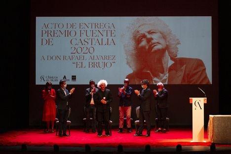 Rafael Álvarez 'El Brujo' reivindica el legado del Siglo de Oro al recoger el premio Fuente de Castalia 2020