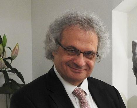 """Amin Maalouf: """"Se está envenenando el ambiente en todo el mundo"""""""