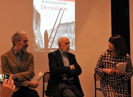 """Raúl Guerra Garrido presenta su nueva novela """"Demolición"""""""