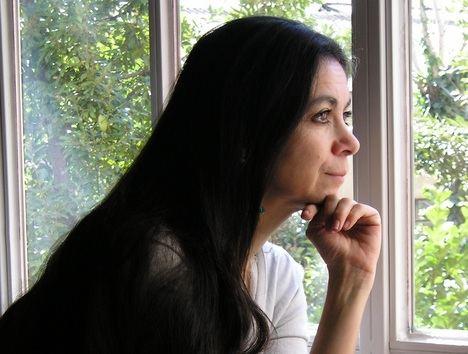 """Entrevista a Carmen Boullosa: """"Las historias populares representan el mundo del que surgen, a su manera"""""""