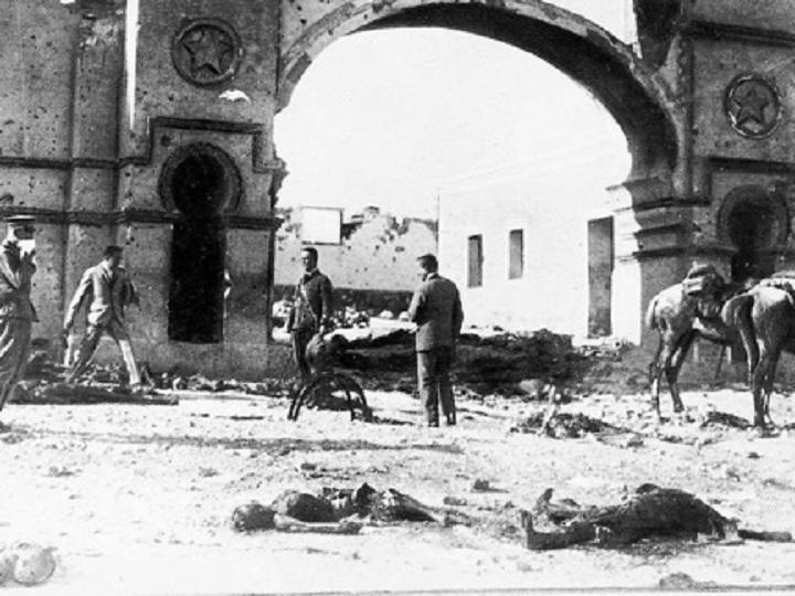 Cadáveres de soldados españoles en las puertas del Monte Arruit, tras Annual