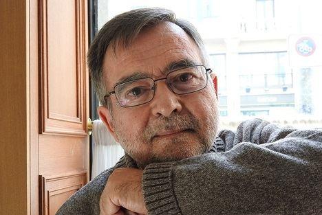 José Calvo Poyato publica