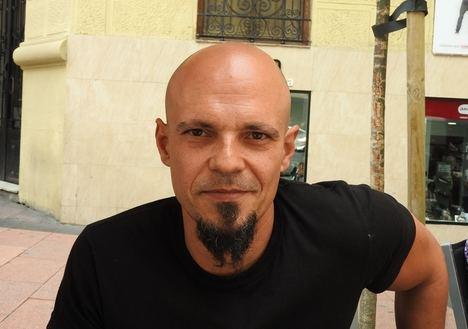 César Pérez Gellida vuelve a desplegar todo su universo literario en
