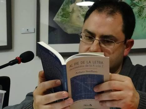 """David Acebes Sampedro presenta su nuevo libro """"Una décima parte de mí"""" en la Biblioteca Pública de Castilla y León de Valladolid"""