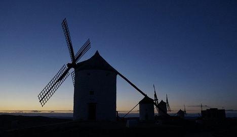 En un lugar de la Mancha de cuyo nombre no quiero acordarme. Recordando a Cervantes. Día del libro, en confinamiento 2020