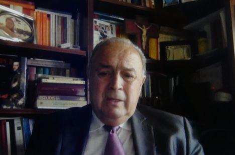 """Enrique Martínez Ruiz: """"Felipe II protagonizó la primera globalización política que se ha producido en el mundo"""""""
