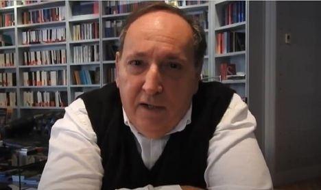 """Entrevista a Ernesto Mallo: """"La literatura no es cómoda para el escritor"""""""