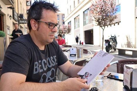 """Entrevista a Raúl Quinto: """"Para mí la poesía es pensamiento rítmico"""""""