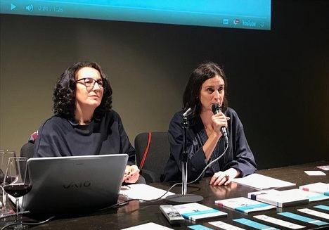 Beatriz González y Silvia Bardelás