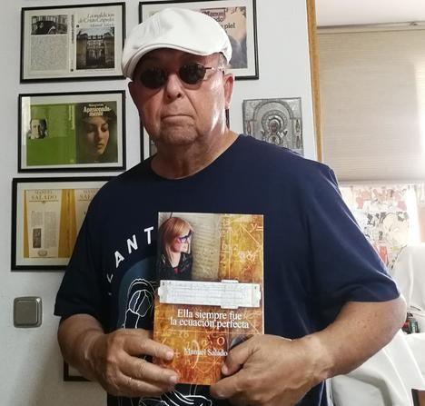 Manuel Salado publica su novela número 32