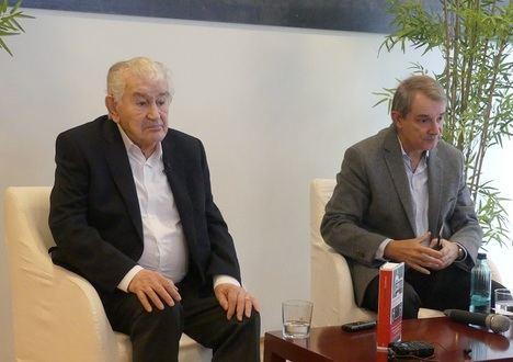 """Antonio Gamoneda: """"Me pregunto si la posguerra ha terminado"""""""