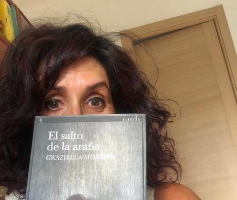 """Entrevista a Graziella Moreno: """"Me interesa, ahondar, investigar en las razones de la conducta humana"""""""