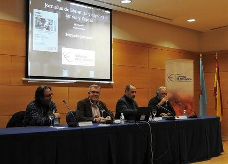 """Martinez Laínez: """"La nómina de espías escritores en España es interminable"""""""