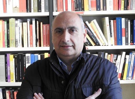 """José Luis Hernández Garvi: """"Roland Garros, además de tenista, fue un héroe de la aviación francesa"""""""