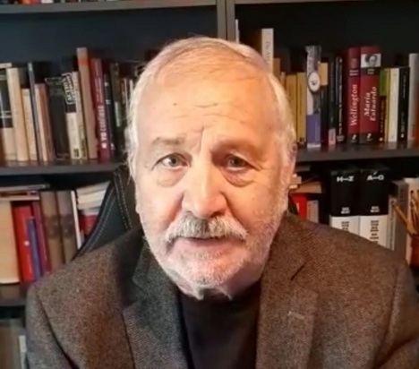 """Entrevista a Fernando Martínez Laínez: """"La Leyenda Negra antiespañola es un martillo que nos sigue golpeando"""""""