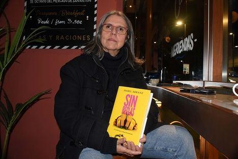 """Entrevista a Isabel Arranz: """"En mi libro puedes encontrar ironía pero no animadversión hacia la televisión"""""""