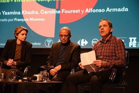 Caroline Fourest, Yasmina Khadra y François Musseau