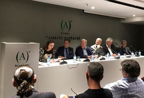 """""""Un yo sin mí"""": Jaime Siles presenta su nueva antología poética en Valencia"""