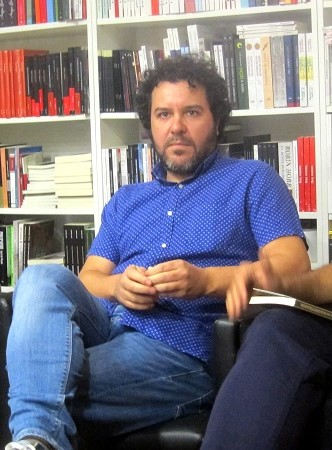 Jorge Salvador Galindo de la editorial Pez de Plata