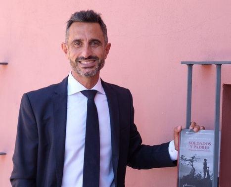 """Entrevista a José Jurado Morales: """"Me he forzado por presentar una mirada plural que cruce la historia, la biografía, la memoria, la literatura, la filología y la poesía"""""""
