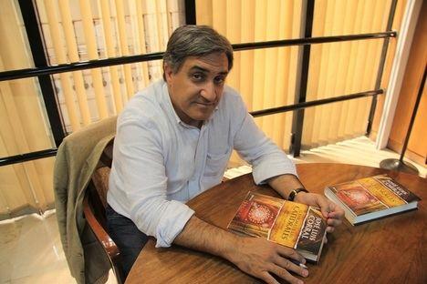 Entrevista a José Luis Corral, autor de