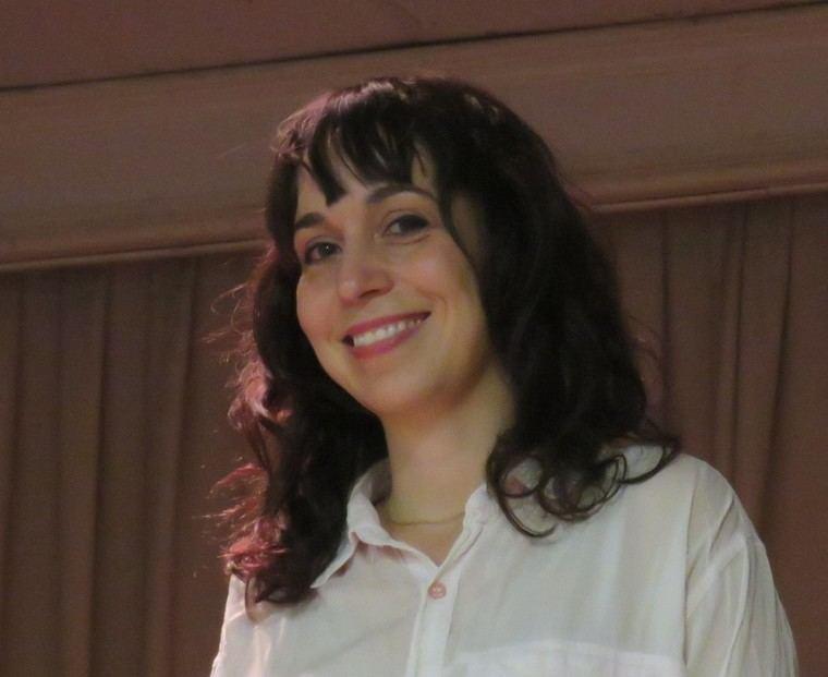 La joven autora Julia Sabina