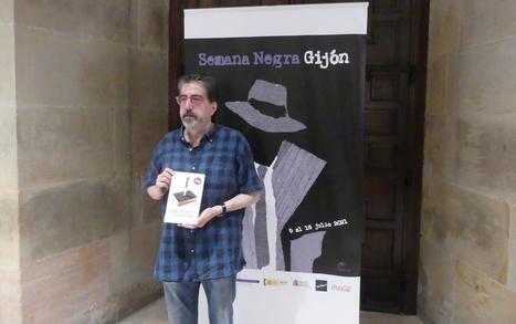 """Luis García Jambrina presenta """"La doble muerte de Unamuno"""" en la Semana Negra de Gijón"""