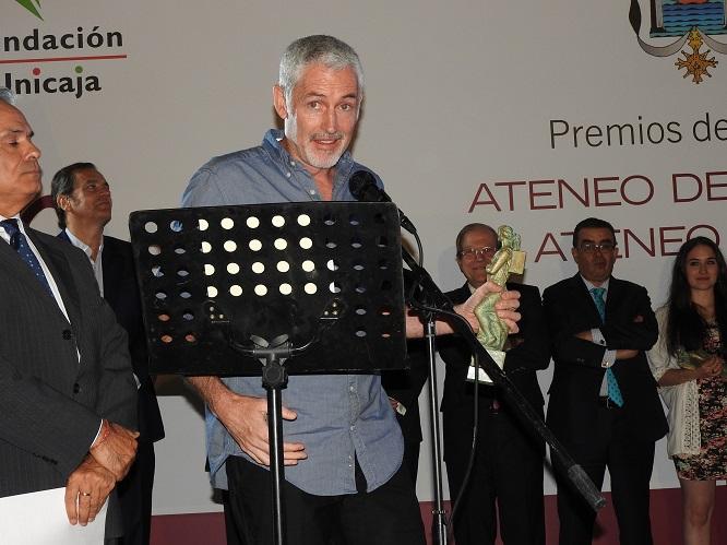 José Ángel Mañas en la ceremonia de entrega de los LI Premios Ateneo de Sevilla