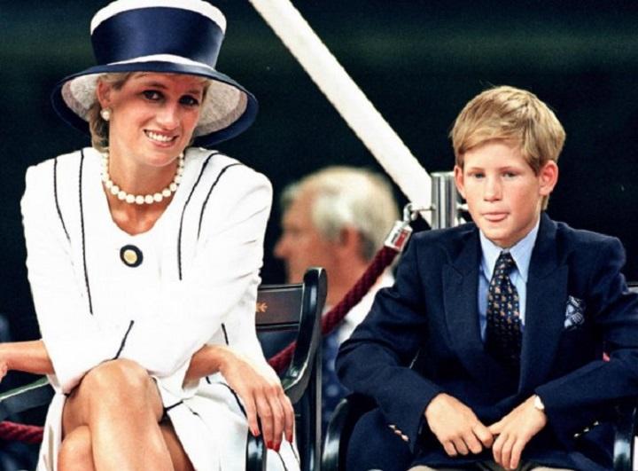 Lady Di y el actual príncipe Harry