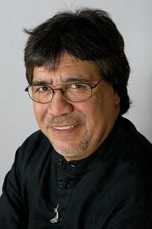 Fallece por Coronavirus el escritor Luis Sepúlveda en Oviedo